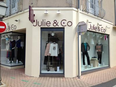 Logo Julie & Co